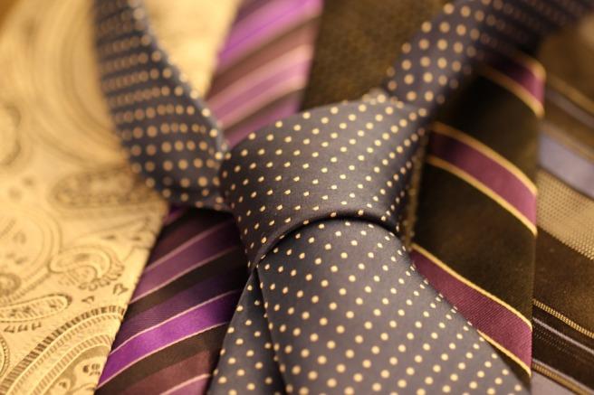 cravat-987584_960_720.jpg